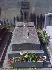 Tombe de Satie à Arcueil